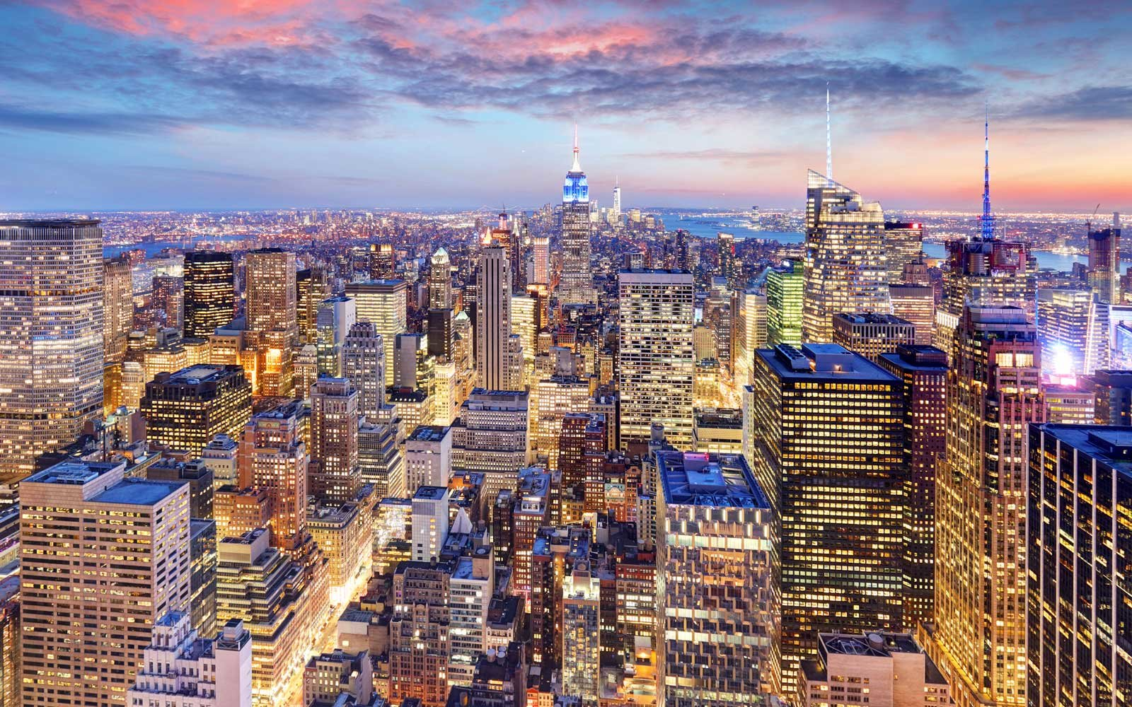 QIA & Crown Acquire Iconic Properties in Fifth Avenue and Times Square in New York City